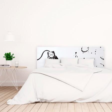 t te de lit blanche avec astronaute imprim vente de. Black Bedroom Furniture Sets. Home Design Ideas