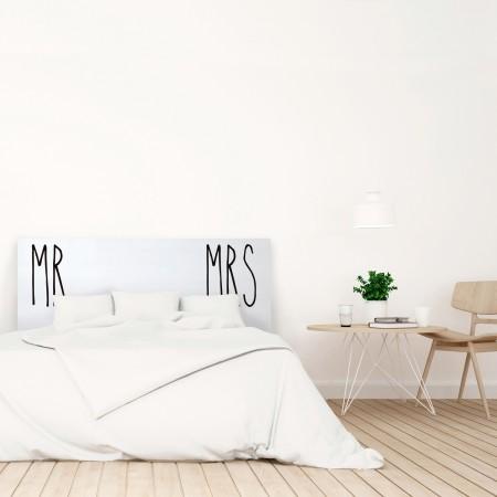 t te de lit blanche avec mr and mrs imprim vente de. Black Bedroom Furniture Sets. Home Design Ideas