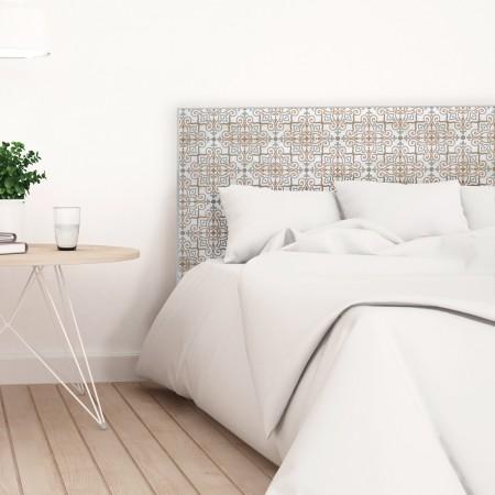 Tête de lit décapée en blanc de carrelage marron